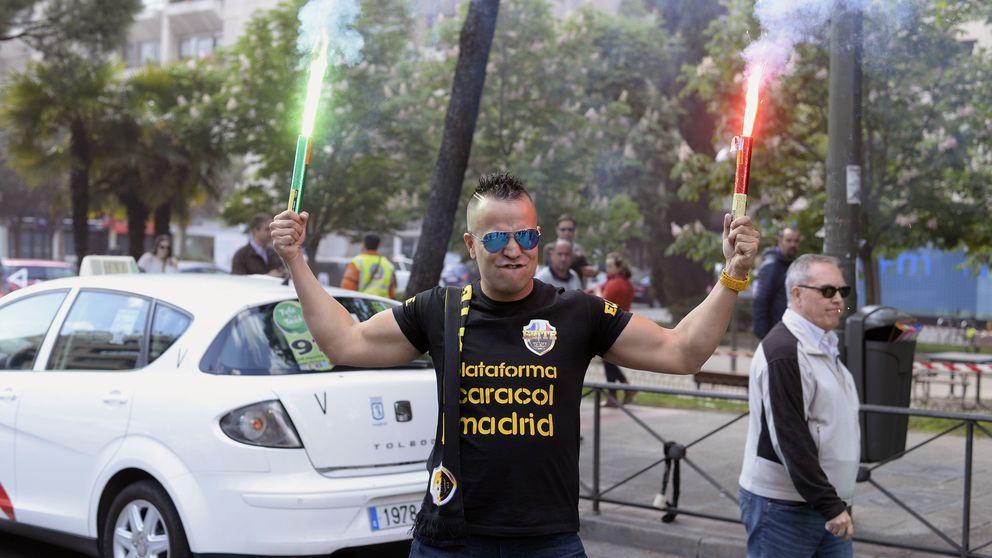 Huelga de taxistas: golpes y gritos contra los que no secundan la protesta