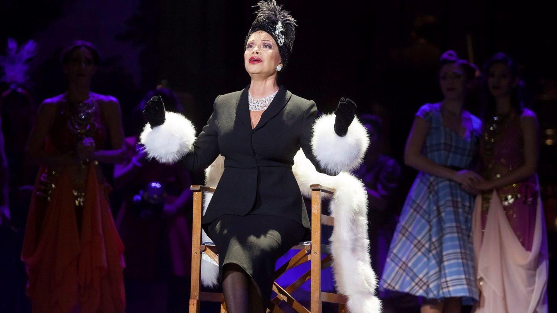 Paloma San Basilio, en el musical 'Sunset Boulevard', basado en la célebre película 'El crepúsculo de los dioses' de Billy Wilder. (EFE)