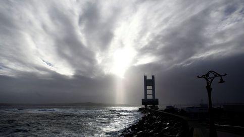 La borrasca Hugo pone en alerta a casi toda España por nevadas, viento y oleaje