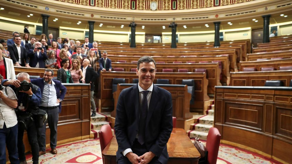 Foto: Pedro Sánchez, en el Congreso tras ser elegido presidente del Gobierno. (Reuters)