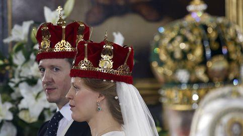 La reina Sofía asiste a la boda real del año: la de su ahijado, Felipe de Serbia