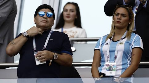 El nuevo escándalo de Maradona: su prometida rompe con él y le echa de casa