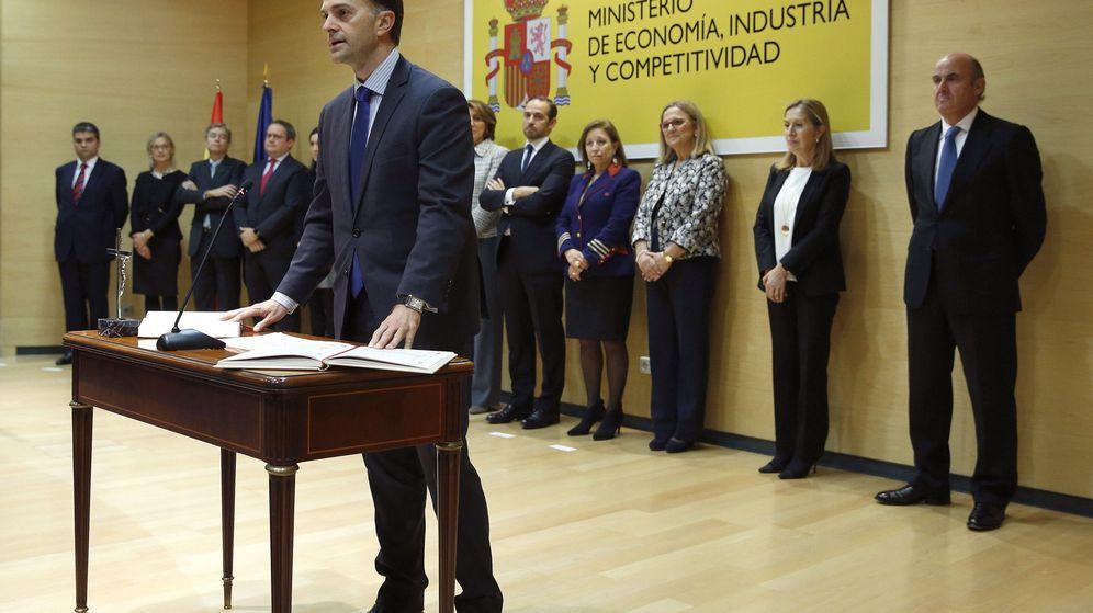 Foto: Enrique Rubio (izda.), presidente del ICAC, en su toma de posesión en 2016 (Efe)