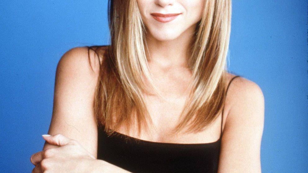 Si te fascinan los looks de Rachel Green en 'Friends', mira esta camisa azul de Uterqüe