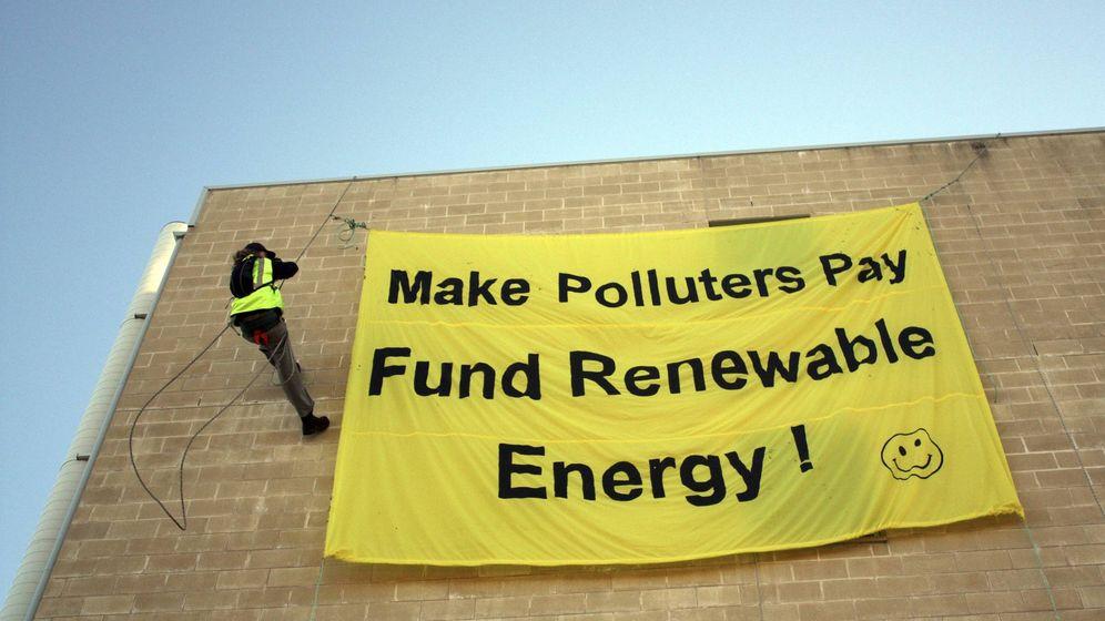 Foto: Protesta en contra de la política de impuestos sobre el carbono en Newcastle. (EFE)