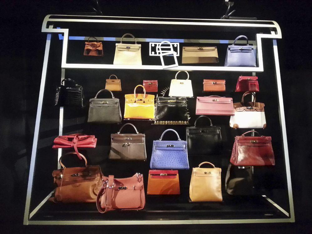 Foto: Hermès cree que la alta dependencia del turismo de compras en España es una amenaza para el sector del lujo. (EFE)