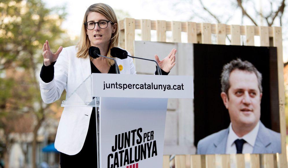 Foto: La número dos de JxCat en Barcelona, Elsa Artadi, interviene durante un acto de campaña. (EFE)