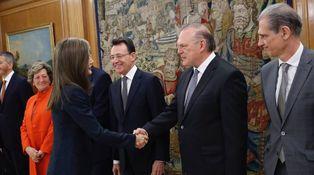 La versión menos glamurosa de Letizia se reúne con Pedro Piqueras y Matías Prats