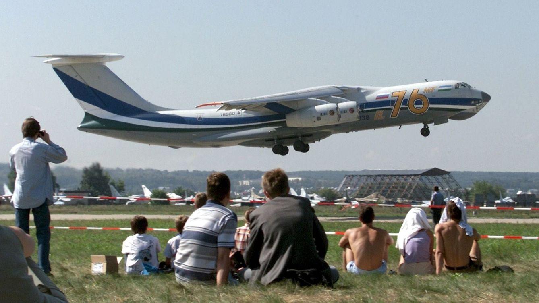 Mueren los dos pilotos de un avión tras un accidente en Rusia que deja varios heridos