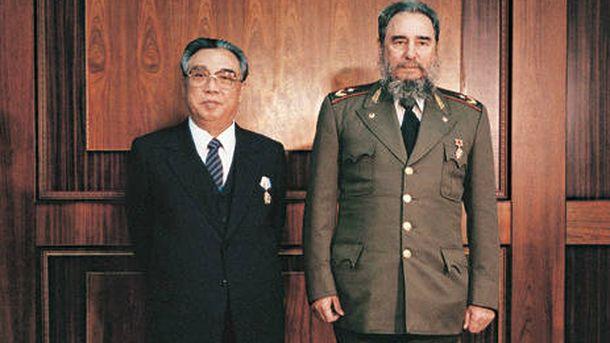 Foto: Kim Il Sung y Fidel Castro durante una visita oficial del presidente cubano a Pyongyang en 1986