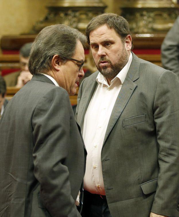 Foto: El presidente de la Generalitat, Artur Mas, y el líder de ERC, Oriol Junqueras. (EFE)