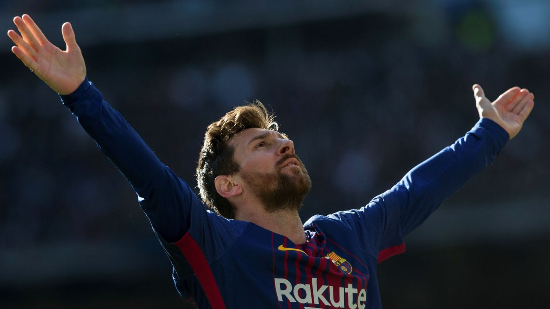 Leo Messi celebra su gol en el último Clásico jugado en el Bernabéu. (EFE)