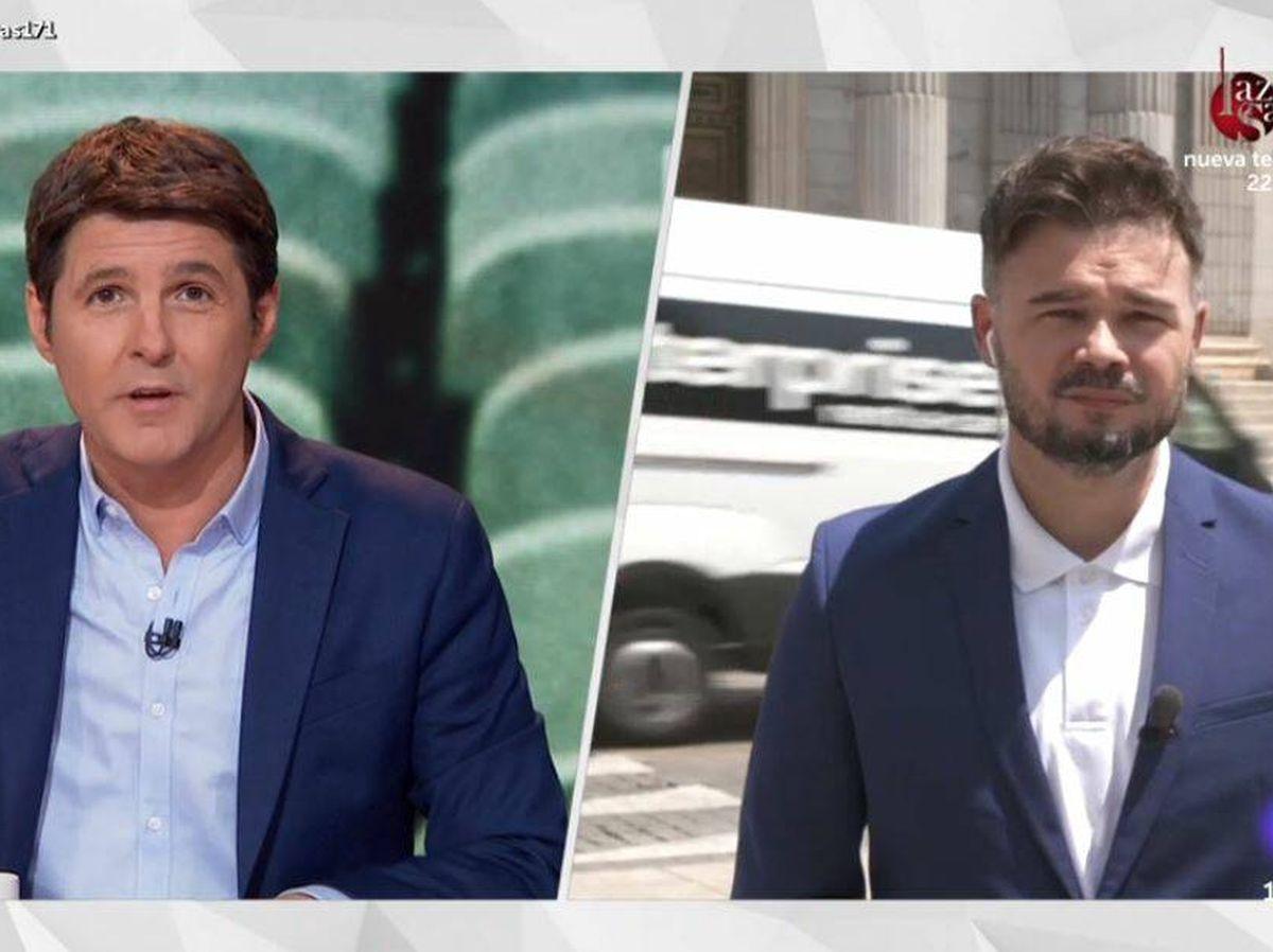 Foto: Jesús Cintora y Gabriel Rufián, en 'Las cosas claras'. (RTVE)