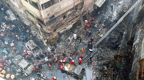 Al menos 67 muertos en un incendio en Dacca