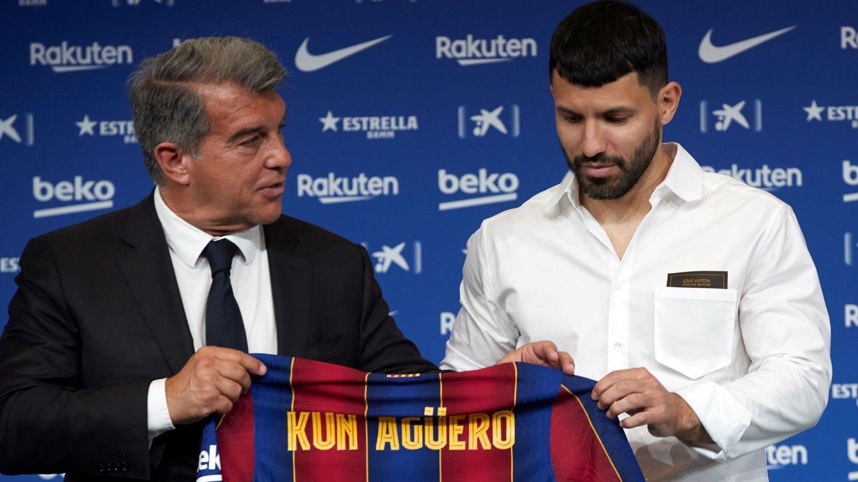 Agüero, cuando fue presentado en el Barça. (EFE)