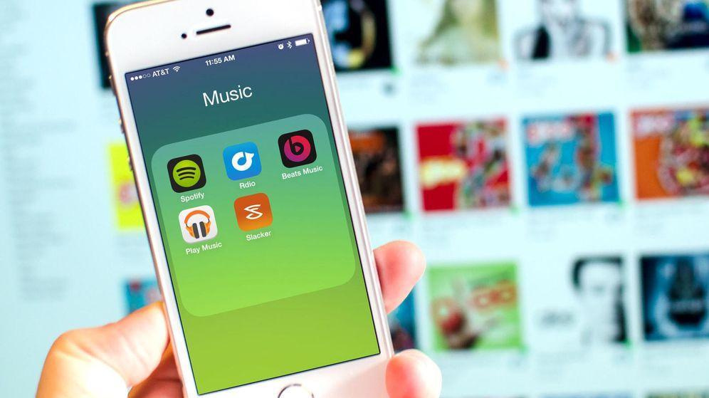 Foto: Apple vs. Spotify: guerra sucia por el servicio de música en 'streaming'