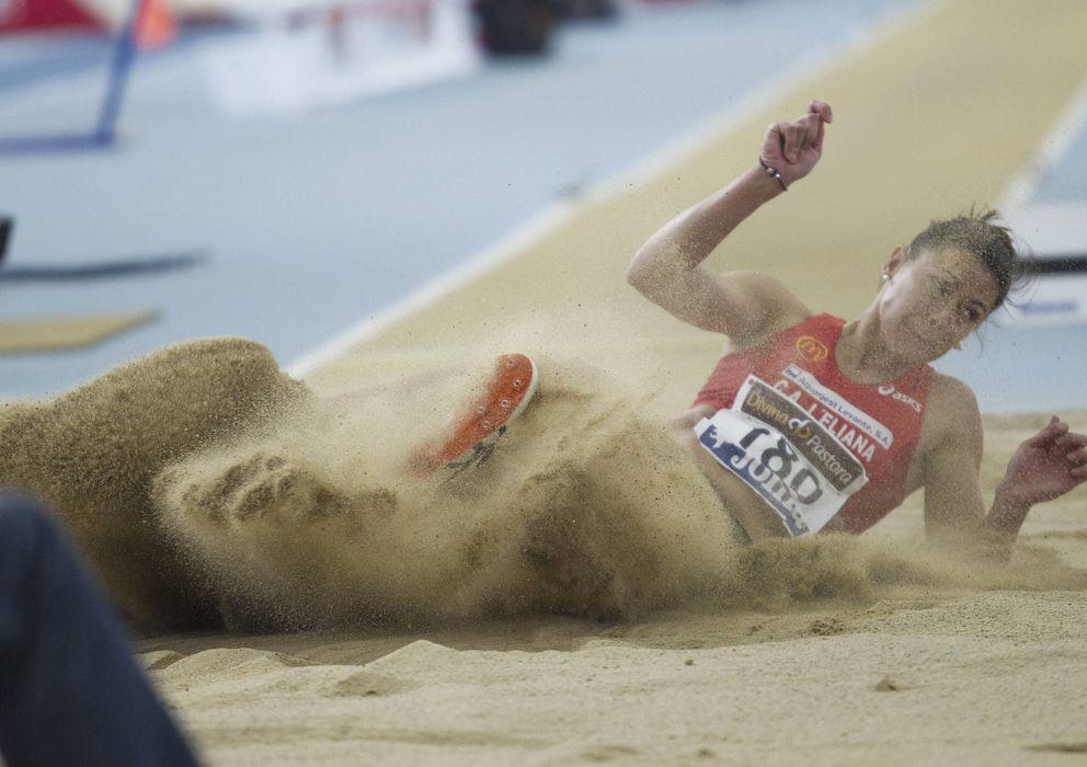 Foto: Concha Montaner, nueva medalla de bronce del Mundial indoor de 2006.