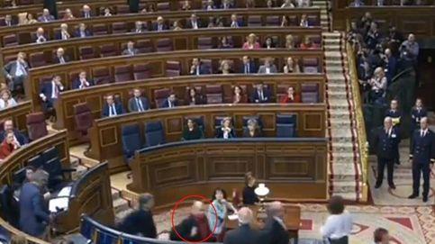 Escupitajo o no: así ha sido el desafío de un diputado de ERC al ministro Borrell