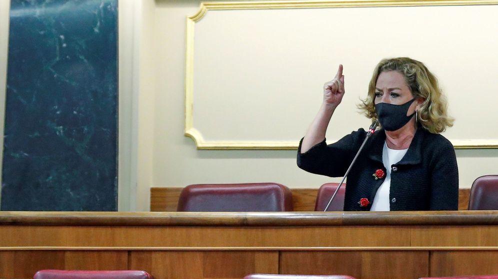 Foto: La diputada de Coalición Canaria (CC), Ana Oramas, interviene desde su escaño en el Congreso. (EFE)