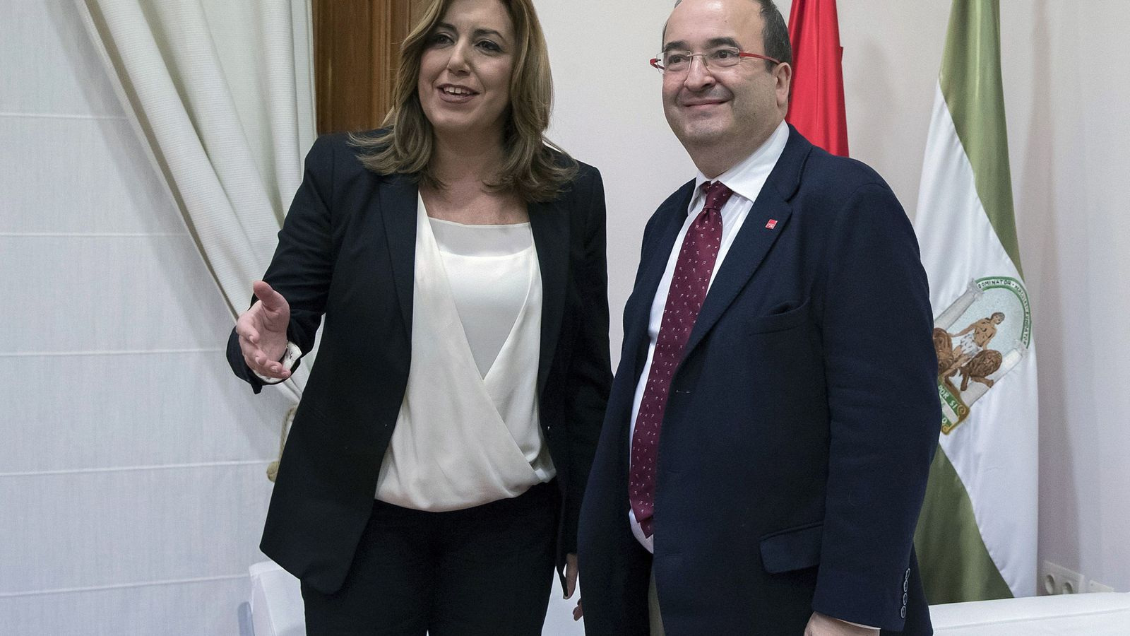 Foto: Susana Díaz y Miquel Iceta, este 24 de noviembre en la sede del PSOE-A, en la sevillana calle de San Vicente. (EFE)