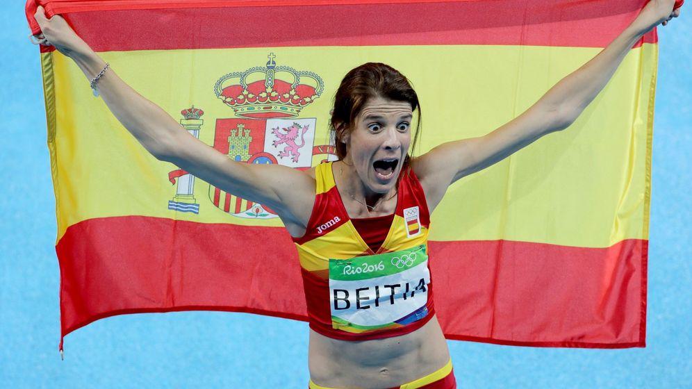 Foto: Ruth Beitia, tras ganar el oro (EFE)