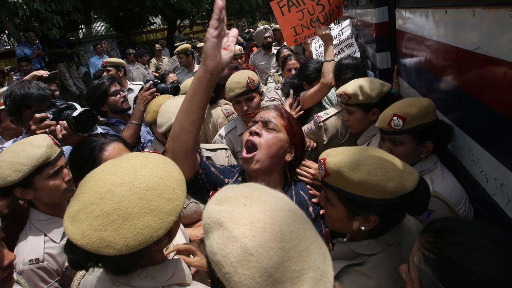 Foto: Protestas contra la absolución de un juez acusado de abusos sexuales en Nueva Delhi (Efe)