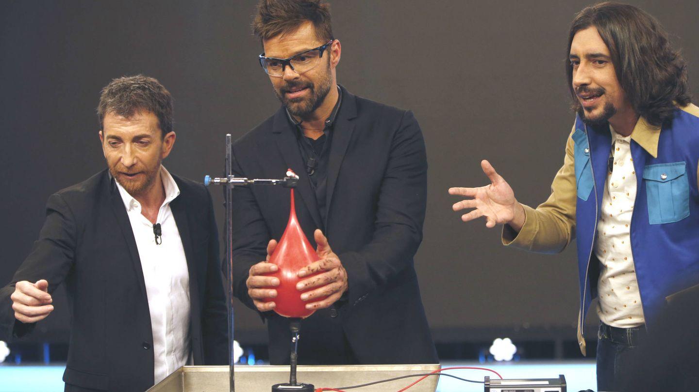 Ricky Martin en uno de los experimentos del programa. (Gtres)