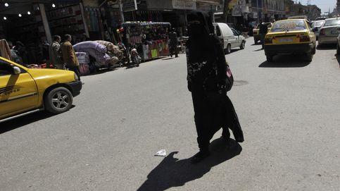 Madres sirias contra el Estado Islámico en la capital del 'Califato'