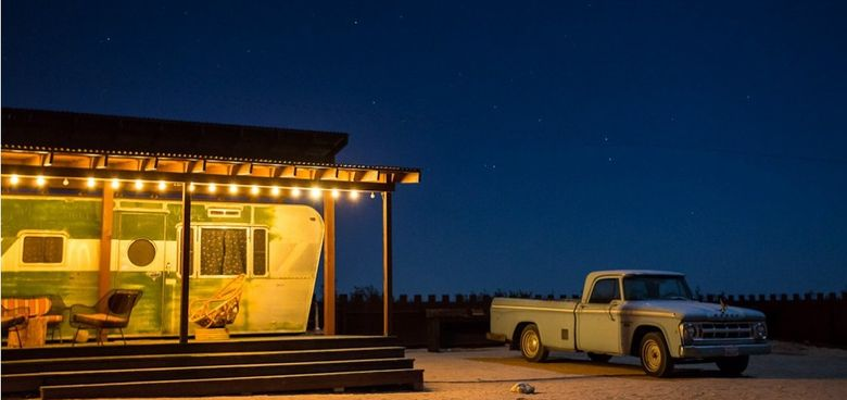 Foto: Inspiración 'kitsch': un motel de caravanas temáticas en el desierto de California