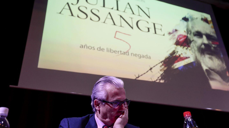 Baltasar Garzón, director de la defensa de Assange, durante un acto en Quito el pasado junio. (EFE)