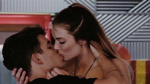 'GH VIP': Aly olvida a Marco besando a Antonio, uno de los gemelos brasileños