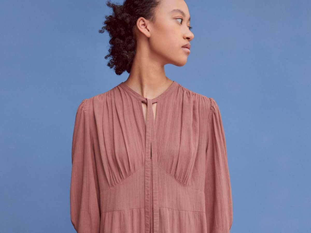 Foto: Vestido de la nueva colección de Uniqlo. (Cortesía)