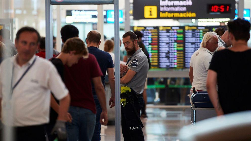 Por qué te pueden seleccionar al azar en un control antes de viajar en avión