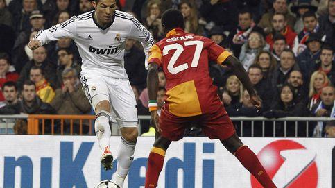 Eboué, sancionado  sin jugar un año por una deuda pendiente con un agente