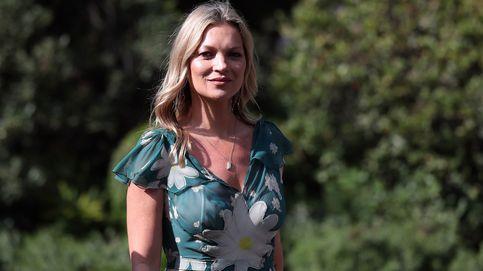 Kate Moss saca a pasear los vaqueros con campana que mejor sientan