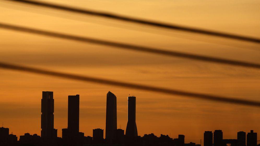 Foto: Vista general del distrito de las Cuatro Torres de Madrid. (Reuters)