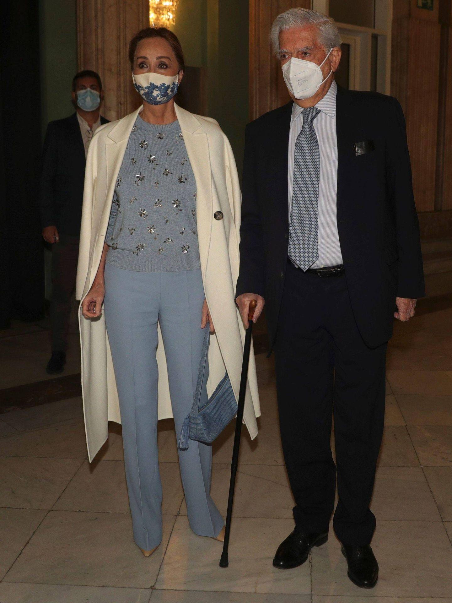 Mario Vargas Llosa e Isabel Preysler. (EFE)