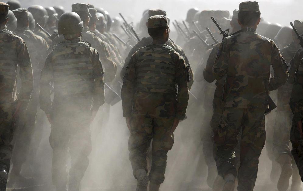 Foto: Soldados del Ejército Nacional Afgano durante un entrenamiento en Kabul (REUTERS)