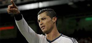 Foto: Ronaldo, cerca de renovar tras una reunión con Florentino Pérez y Jorge Mendes