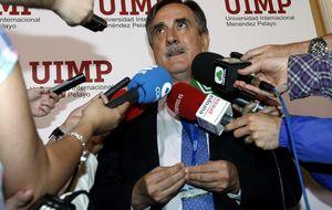 El exministro socialista Valeriano Gómez deja su escaño en el Congreso