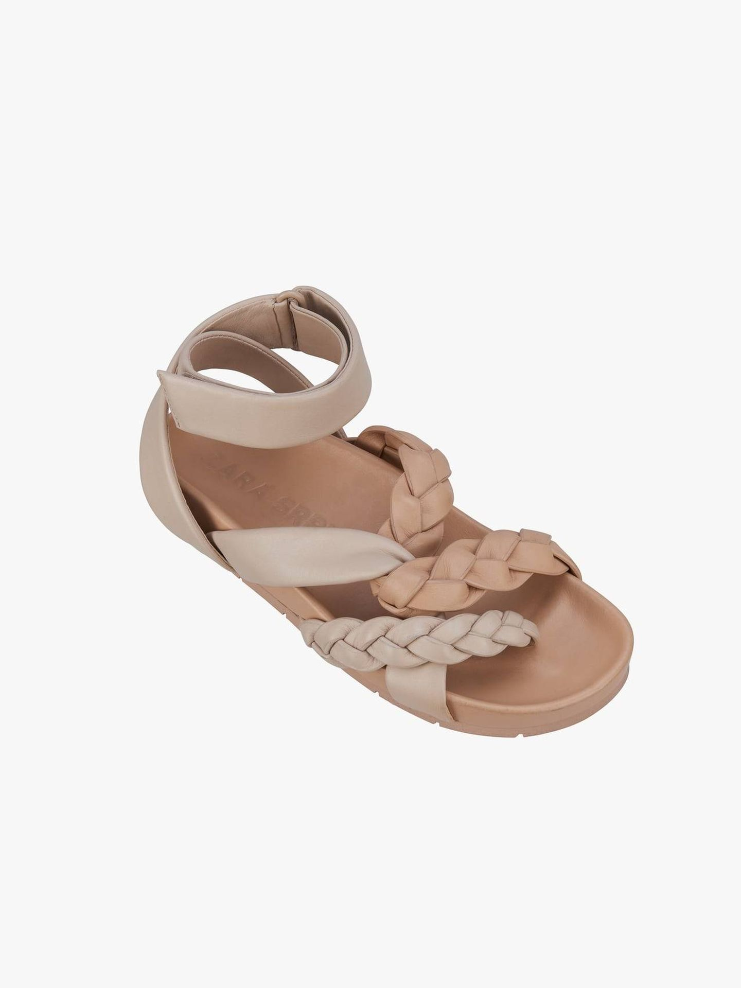 Sandalias de Zara SPLS. (Cortesía)