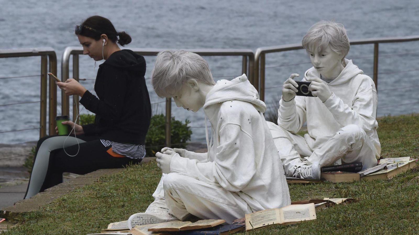 Llenan Mar Esculturas Costas Las Se De Sídney Al Junto CorxBWed