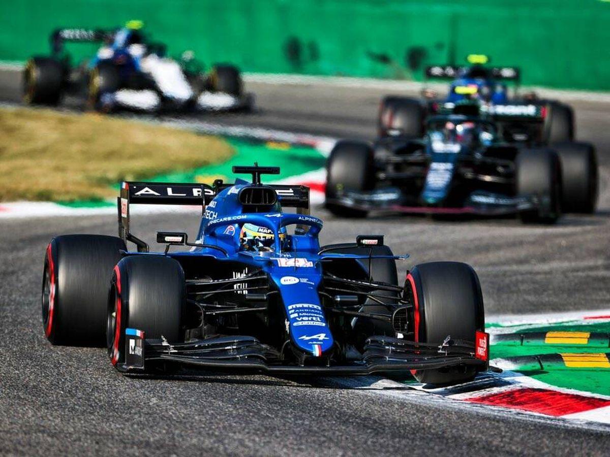 Foto: Alonso también ganó posiciones en la carrera del sábado, pero se constató el ritmo poco competitivo del Alpine