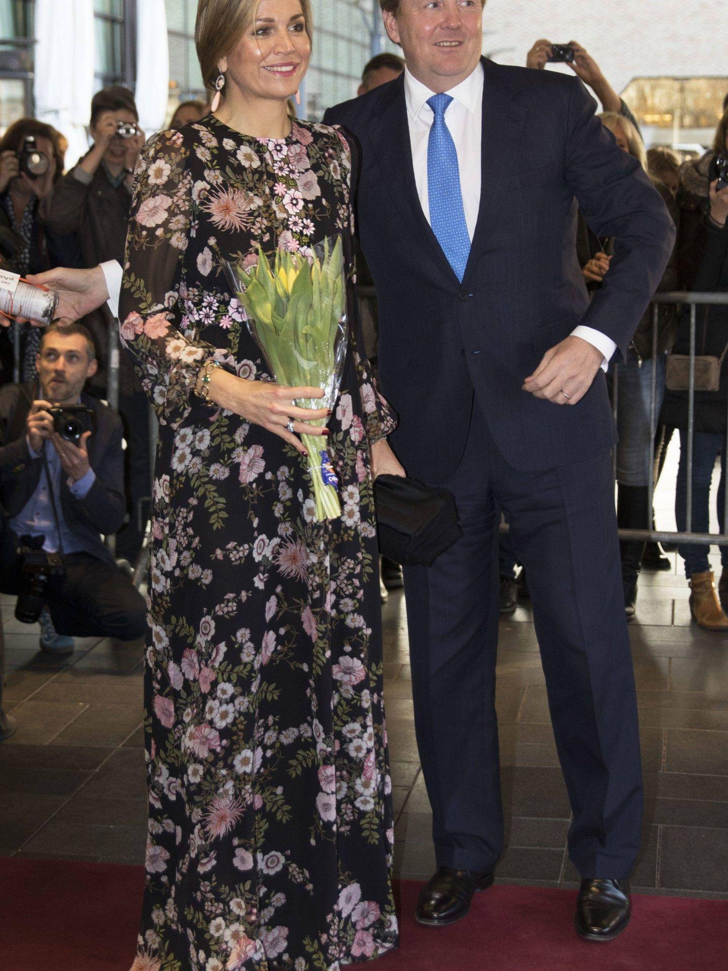 Máxima de Holanda ya llevó este vestido mucho antes. (Cordon Press)