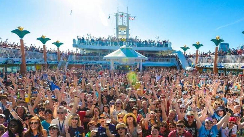 Los fans a bordo del crucero. (Ncl)