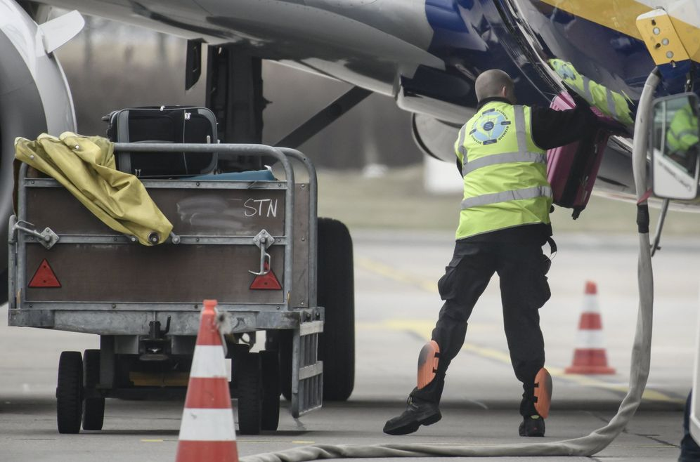 Foto: Los paros afectarían a todos los aeropuertos de España entre septiembre y diciembre. (EFE)