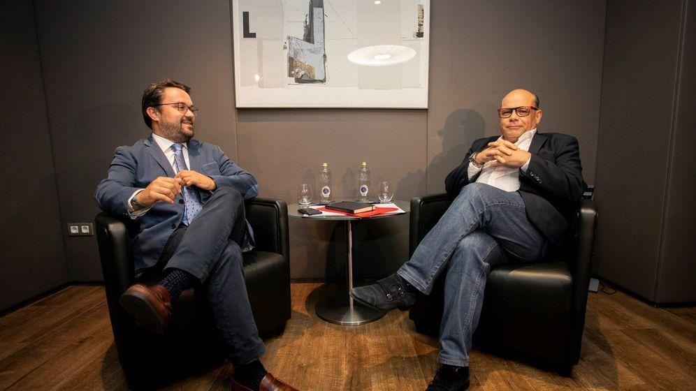 Foto: El secretario general de CC, José Miguel Barragán, se reúne con el presidente del PP en Canarias, Asier Antona. (EFE)