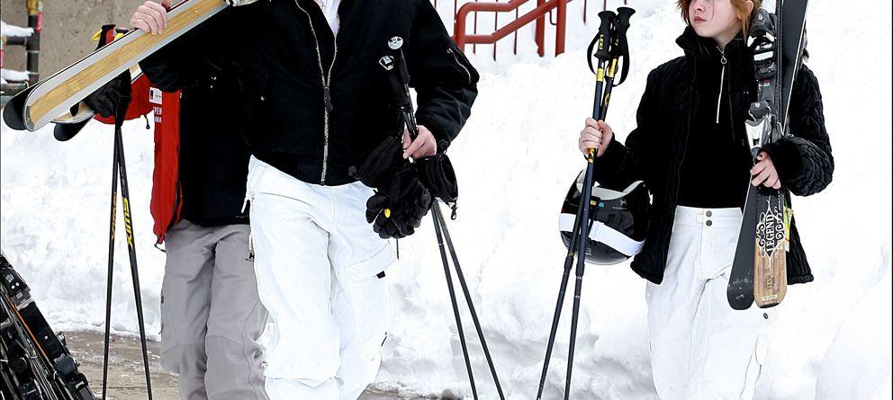 Deportes de invierno: tres destinos deluxe y tres 'looks' a su altura