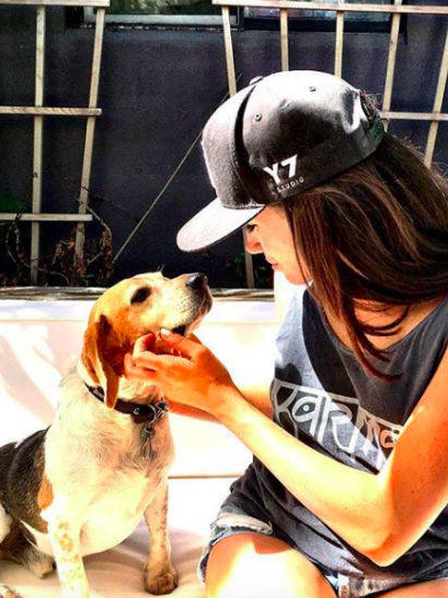 Meghan y su mascota.
