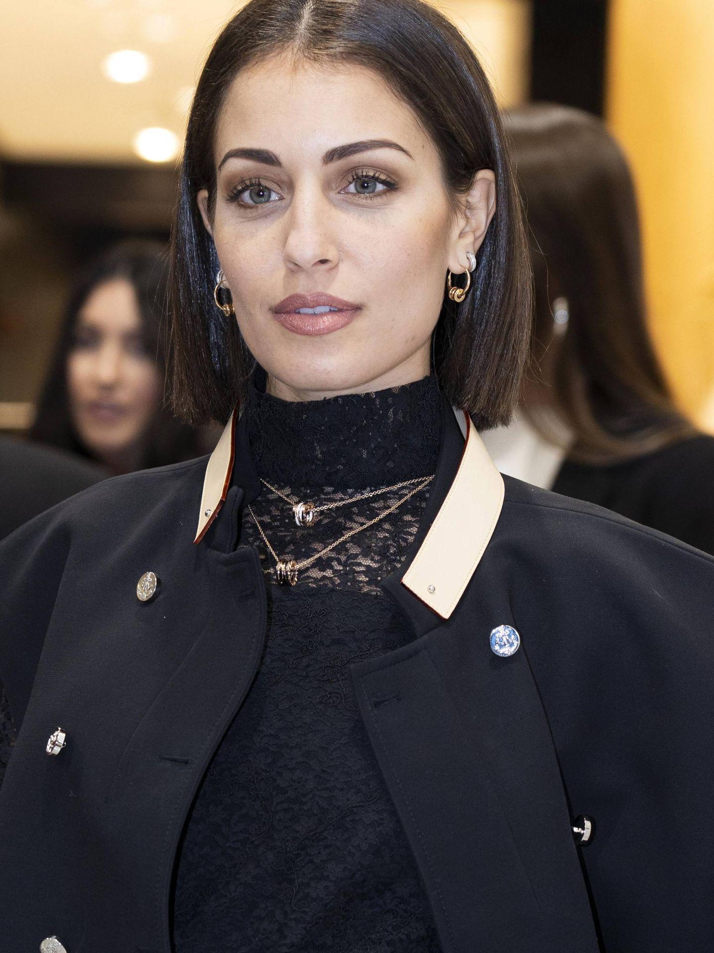 Hiba Abouk en una presentación de Bulgari con su corte de pelo actual.  (Cordon Press)
